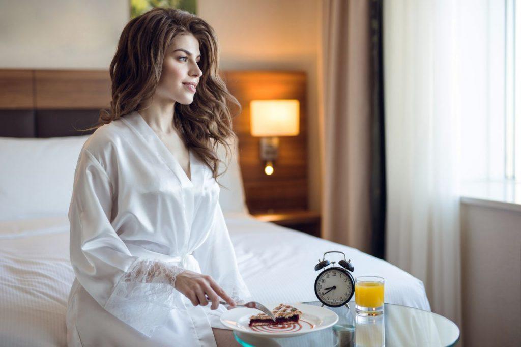 dziewczyna w hotelu